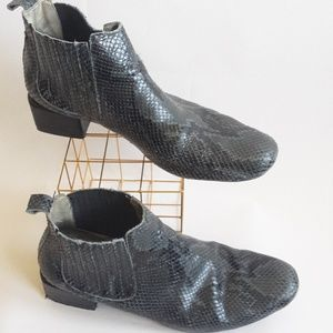 Modern Vice Chelsea Boots - Sz 40 (10)